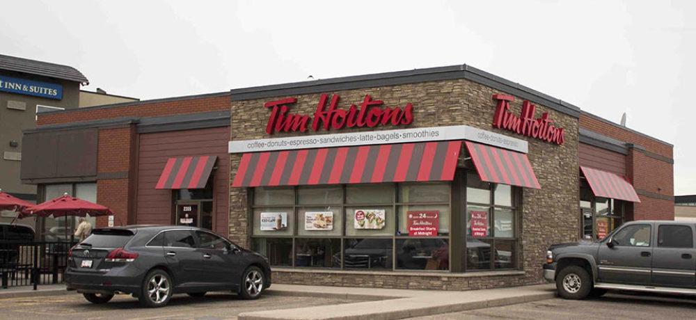 TransCanada Restaurant Slider – Corner of Store