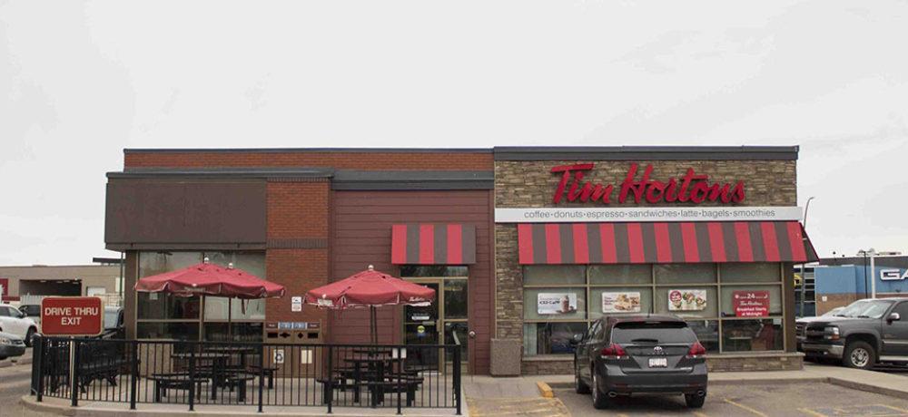 TransCanada Restaurant Slider – Front of Store